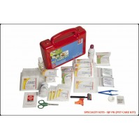 ST JOHN'S FIRST AID, PET CARE FIRST AID  KIT, MEDIUM, PLASTIC BOX HANDY, RED, 67 COMPONENTS SJF PK